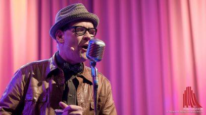 Multitalent Gerd Gorke spielt nicht nur Mundharmonika. (Foto: wf / Weber)