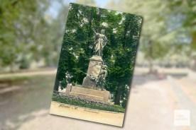 Auf dieser historischen Po9stkarte ist das Friedensdenkmal von Wilhelm Bolte zu sehen. (Quelle: Presseamt Münster)