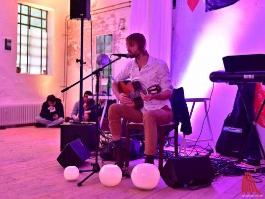 Singer-Songwriter Marian in der Alten Schlosserei. (Foto: Tessa-Viola Kloep)