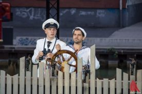 Markus J. Bachmann und Florian Bender als Kapitän und Bootsmann (Foto: Thomas Hölscher)