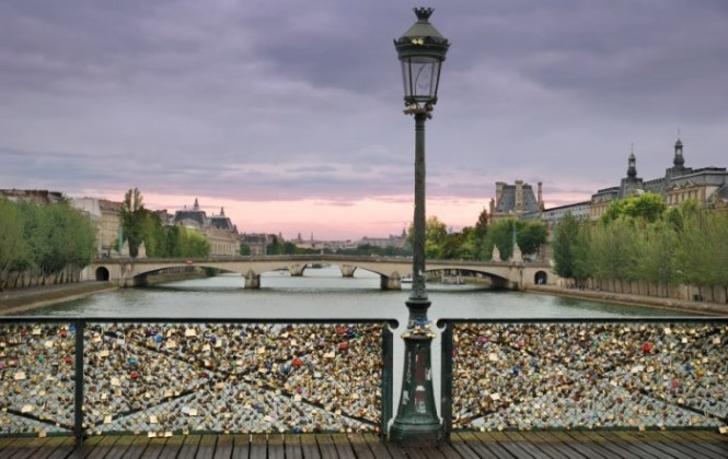 parijs - TOP 10 MOST ROMANTIC CITIES OF EUROPE