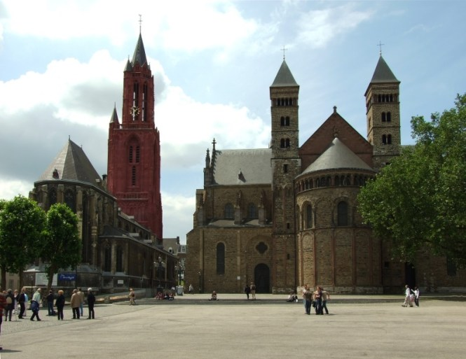 Sint Janskerk Maastricht - TOP 10 MOST FAMOUS DUTCH CHURCHES AND CATHEDRALS