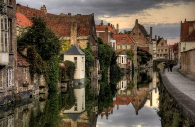 brugge - TOP 10 FUN CITY TRIPS TO BELGIUM