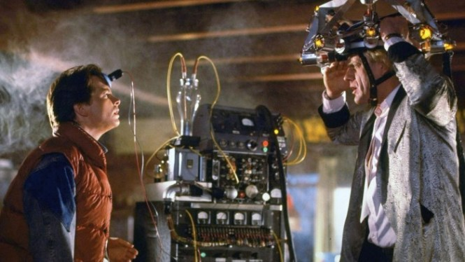 Back to the Future 1 - TOP 10 MOVIES ABOUT TIME TRAVEL