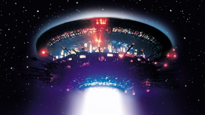 Close Encounters of the Third Kind - TOP 10 BEST ALIEN MOVIES