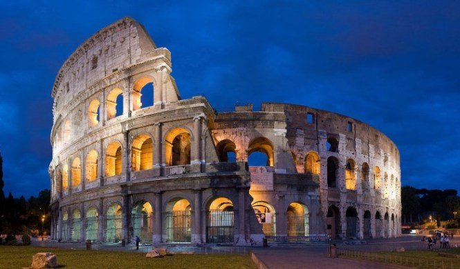 Colosseum 1 - TOP 10 THINGS TO DO IN ROME ,ITALY THE BEST TOURIST ATTRACTIONS