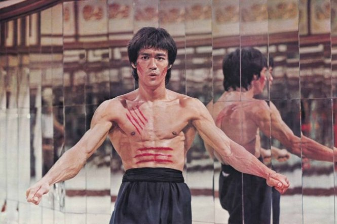 Enter the Dragon - TOP 10 COOLEST MEN'S MOVIES