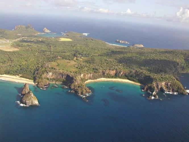 Fernando de Noronha - TOP 10 MOST BEAUTIFUL ISLANDS IN THE WORLD
