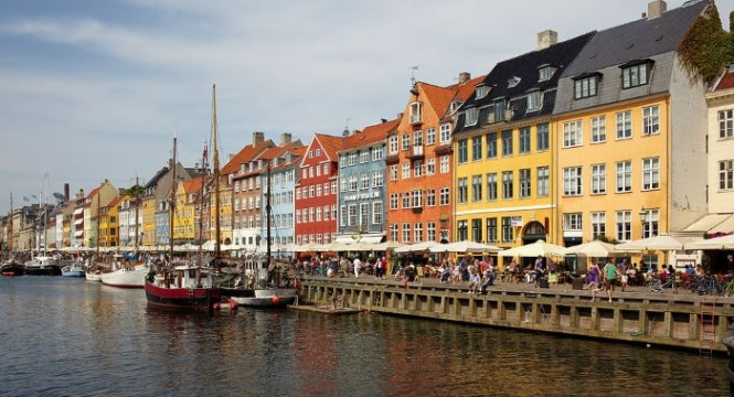Nyhavn 1 - TOP 10 BEST COPENHAGEN TOURIST ATTRACTIONS AND THINGS TO DO