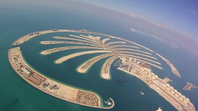 Palm Jumeirah 1 - TOP 10 MAN MADE ARTIFICIAL ISLAND
