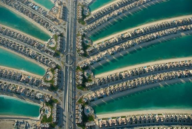 Palm Jumeirah 2 - TOP 10 MAN MADE ARTIFICIAL ISLAND
