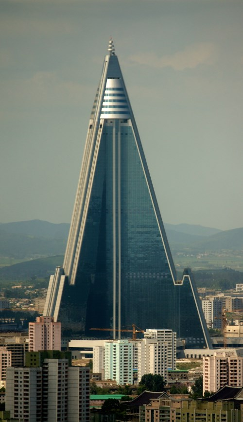 Ryugyonghotel 1 - TOP 10 MOST FAMOUS PYRAMIDS IN THE WORLD