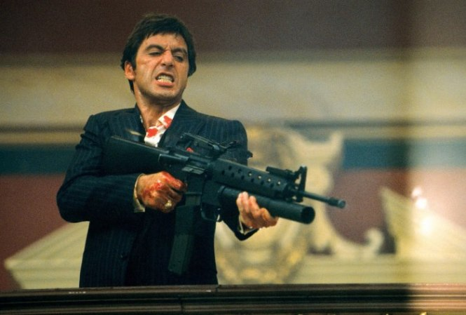 Scarface2 - TOP 10 COOLEST MEN'S MOVIES