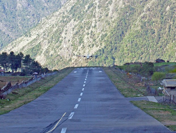 Tenzing Hillary Airport - TOP 10 MOST EXTREME AIRPORTS IN THE WORLD