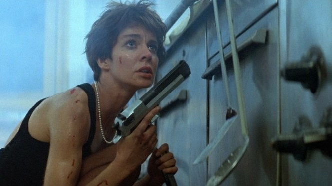 la femme nikita - TOP 10 ACTION MOVIES WITH A WOMAN IN THE LEADING ROLE