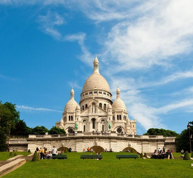 sacre coeur 2 - TOP 10 TOURIST ATTRACTIONS IN PARIS - 10 ORIGINAL THINGS TO DO IN PARIS