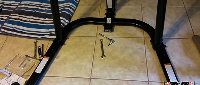 How to Assemble Everlast Heavy Bag Stand