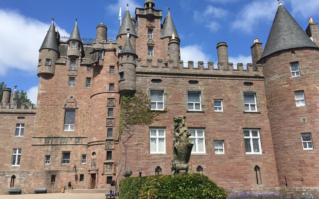 Hidden gem: The secret way to Glamis castle