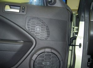 2005 Mustang GT Has Anyone Replaced The Woofers In The Doors?  Ford Mustang Forum