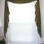 Scalloped Fishtail Valance