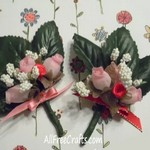 tiny rose posies