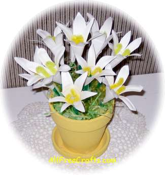 paper plate lily bouquet