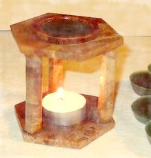 scented candle tart in tea light warmer