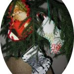 three laced stocking cards
