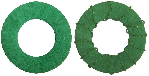 covering a cardboard wreath with crepe paper