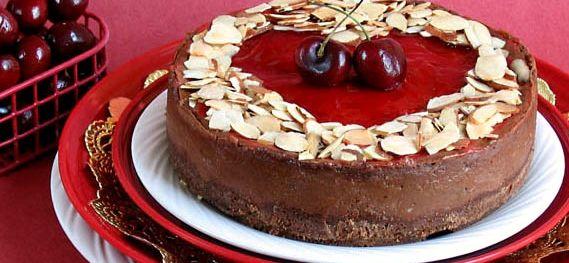 vegan chocolate Valentine cheesecake