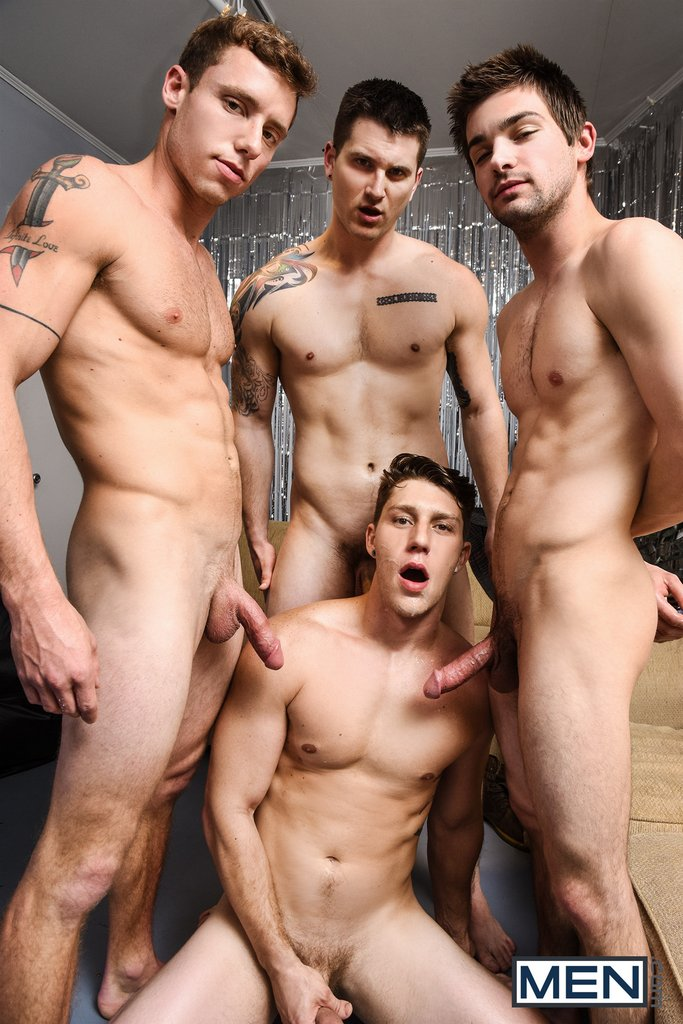 Paul Canon In Naked Frat House 19
