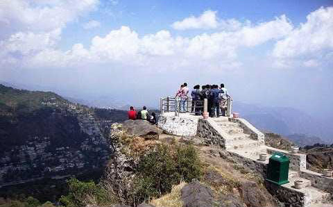 Tiffin Top - Day treks in Naiinital trip