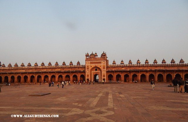 Badshahi gate at Fatehpur Sikri