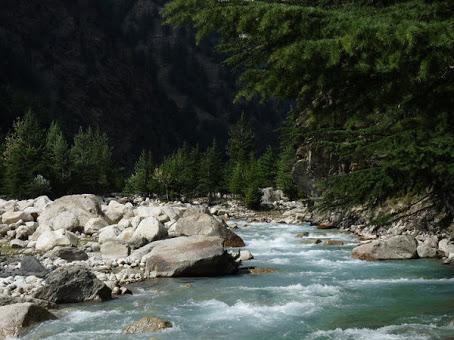 River passing inbetween village Harsil and Bagori - Harsil Village, Uttarakhand