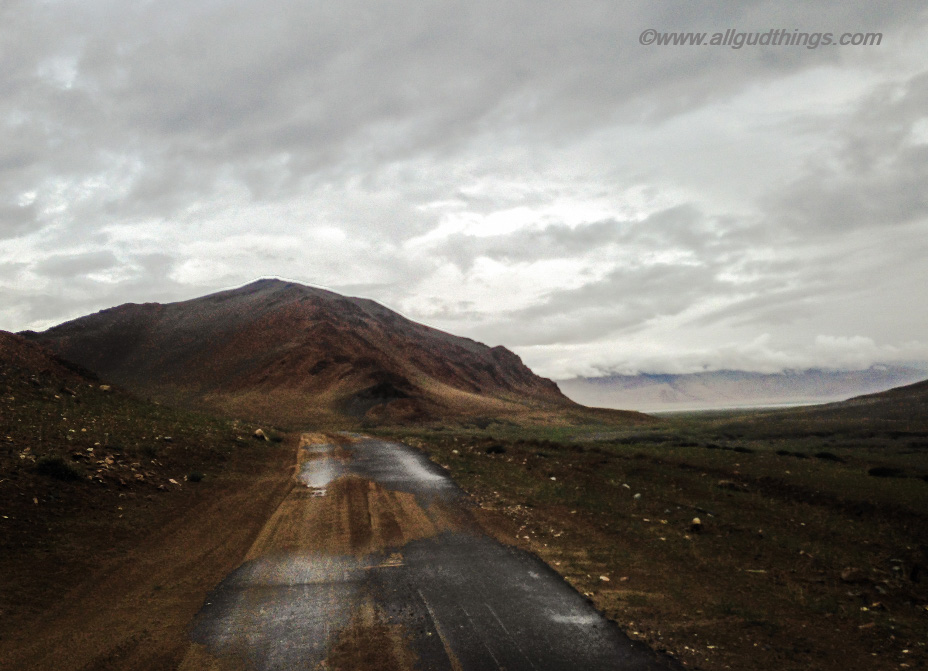 Road to White Lake Tso Kar