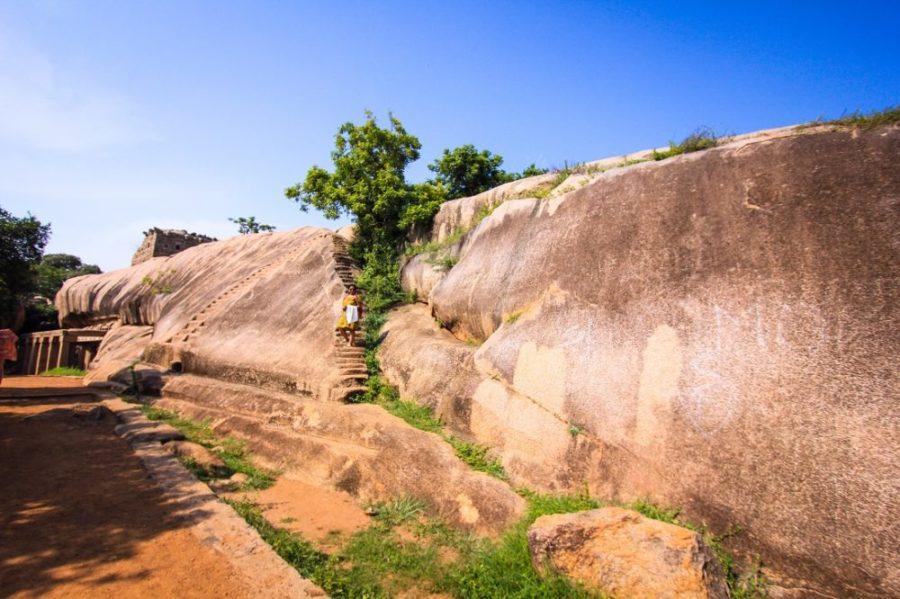 Heritage Walk through a Historical Town: Mahabalipuram Travel Guide