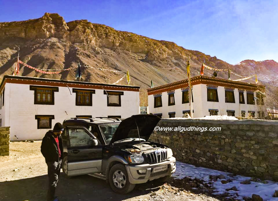 Scorpio sun bathing in Kaza to melt down the frozen Diesel - Spiti Valley in winters