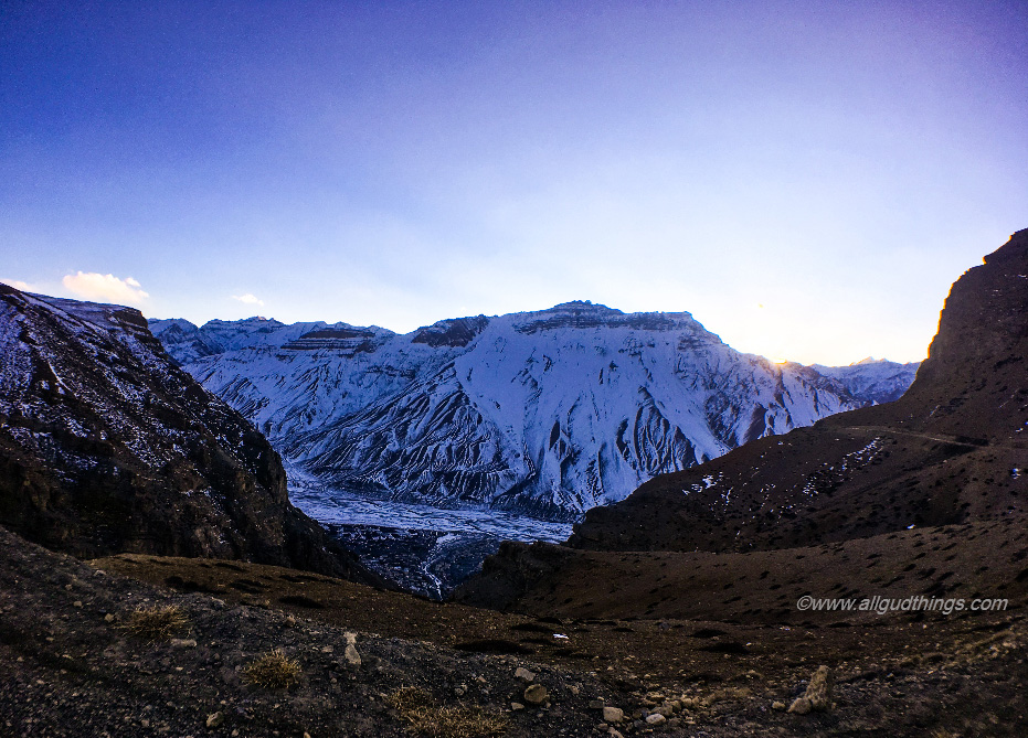 Spiti Valley in Winters: Self Drive road trip travel guide
