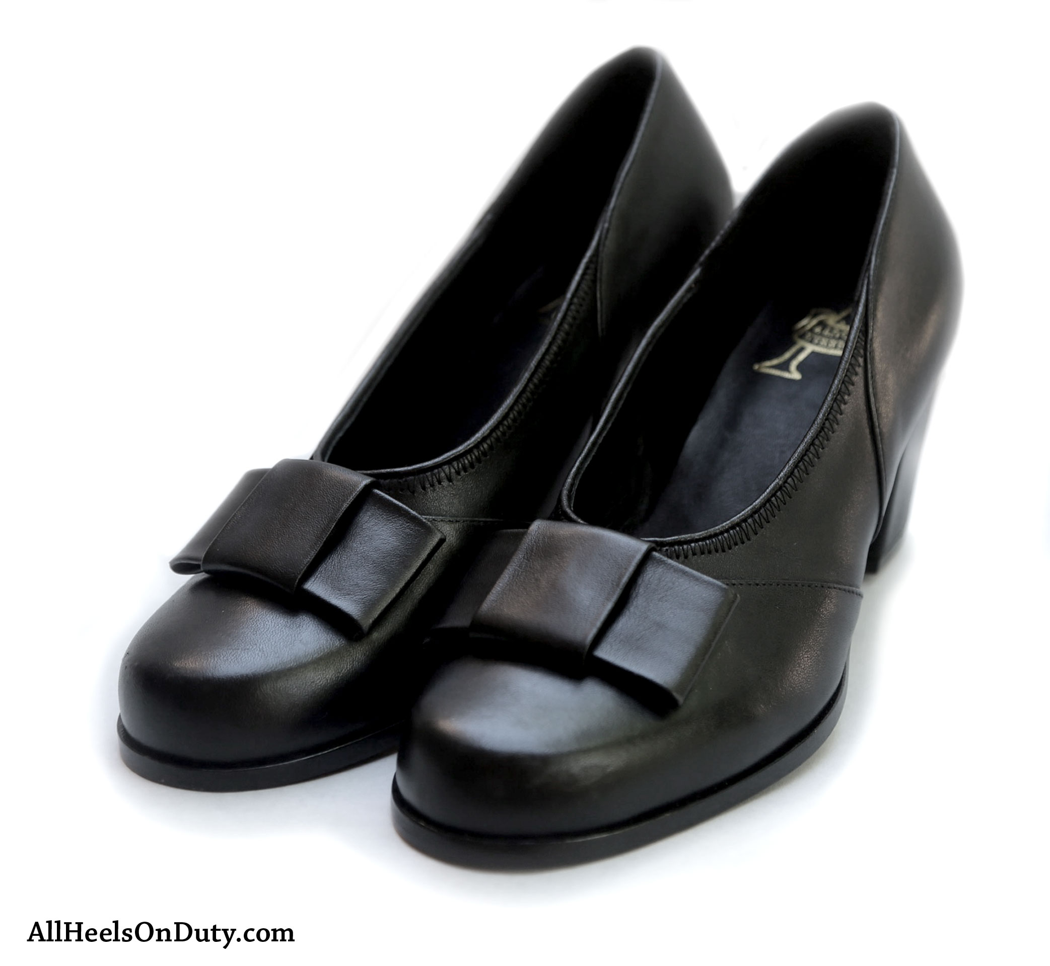 1940s Black Bow Pumps - Make Way for