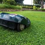 McCulloch ROB 1000 Robot Mower Review That You'll Love