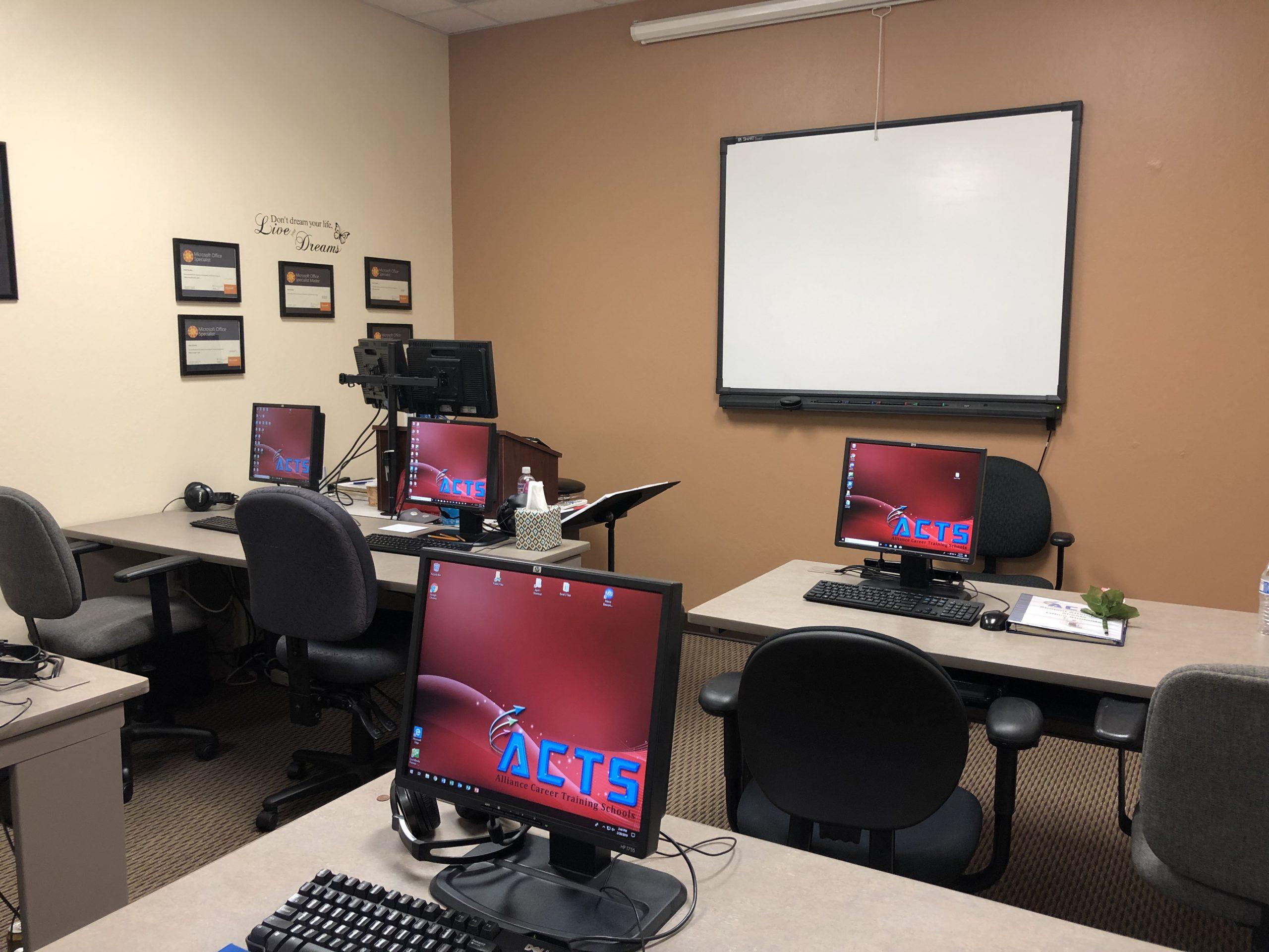 Room 102, Classroom Rentals – Room 102