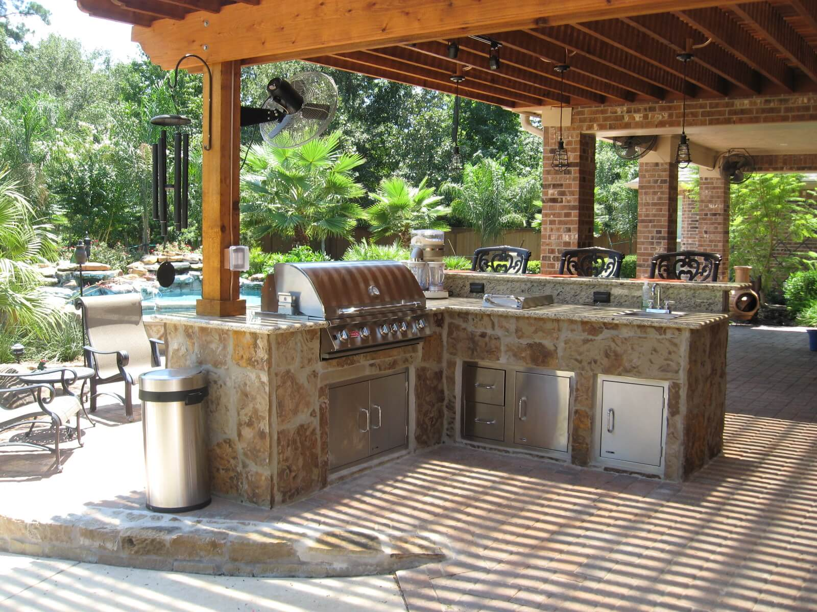 Outdoor Kitchen on Patio Kitchen  id=38452