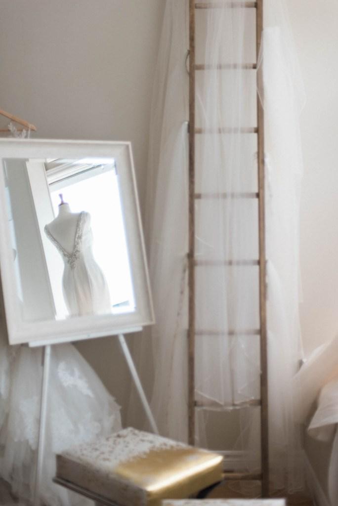 Allie-Jennings-Photography-branding-modern-bride-2