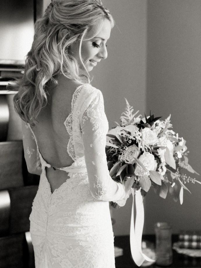 alliejenningsphotography-hamilton-wedding-photographer-fine-art-royal-botanical-gardens-wedding-12