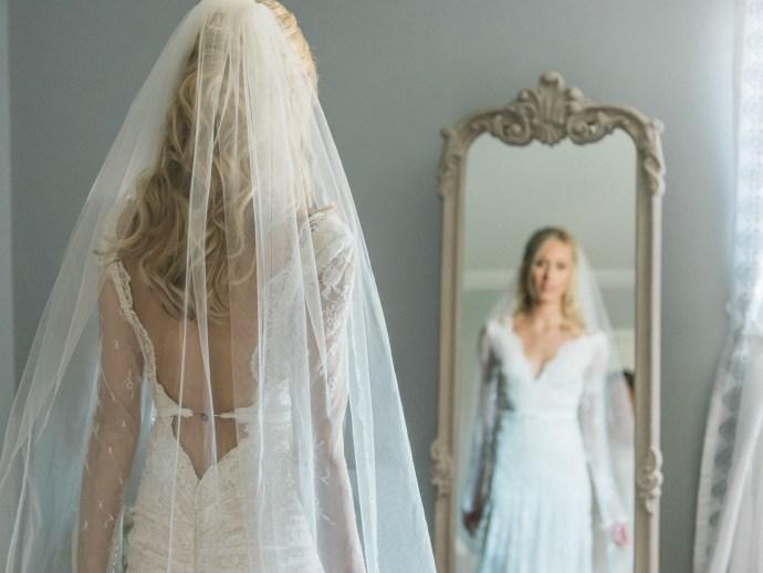 alliejenningsphotography-hamilton-wedding-photographer-fine-art-royal-botanical-gardens-wedding-14