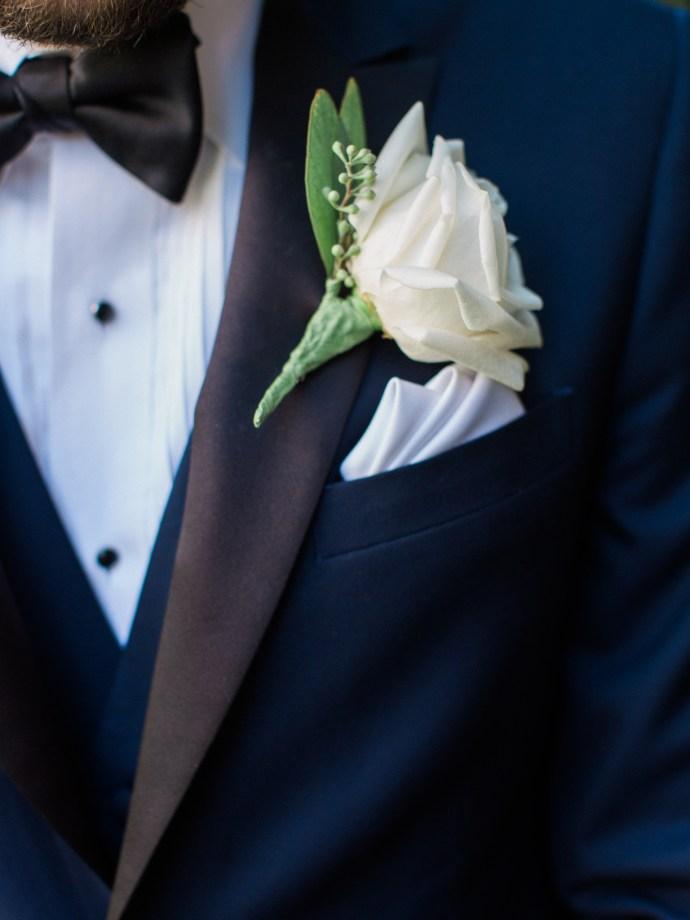 alliejenningsphotography-hamilton-wedding-photographer-fine-art-royal-botanical-gardens-wedding-17