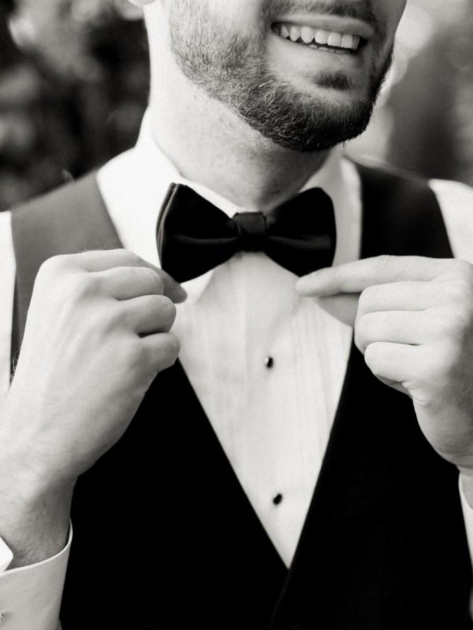 alliejenningsphotography-hamilton-wedding-photographer-fine-art-royal-botanical-gardens-wedding-19