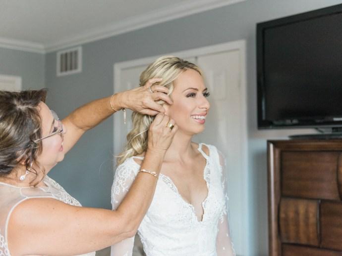 alliejenningsphotography-hamilton-wedding-photographer-fine-art-royal-botanical-gardens-wedding-6