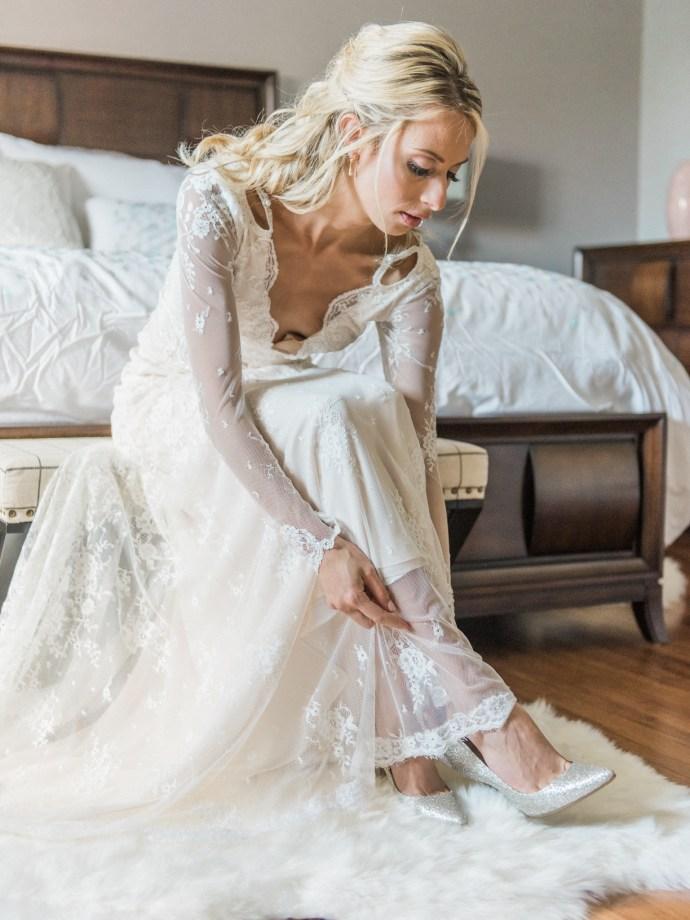 alliejenningsphotography-hamilton-wedding-photographer-fine-art-royal-botanical-gardens-wedding-7
