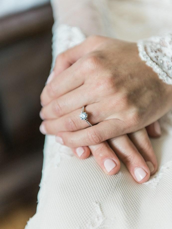 alliejenningsphotography-hamilton-wedding-photographer-fine-art-royal-botanical-gardens-wedding-9